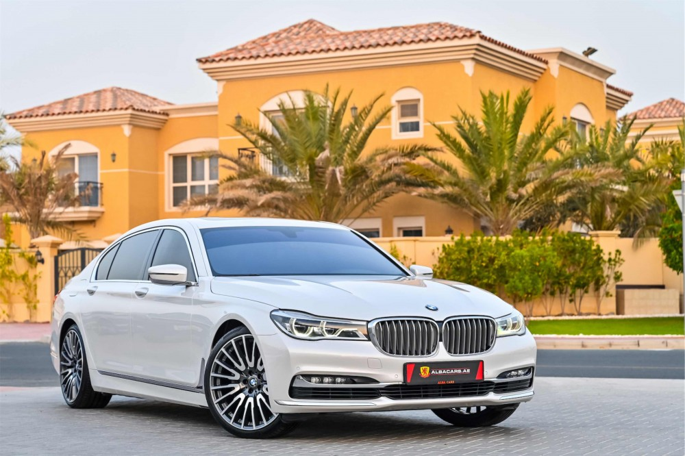 buy used BMW 740i in Dubai