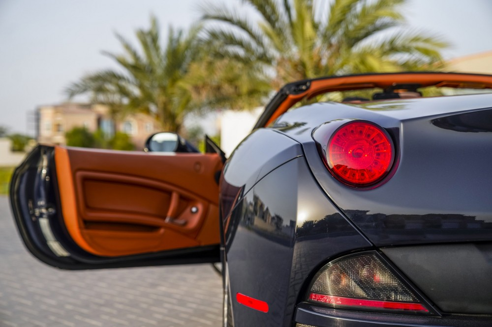 buy used Ferrari California without downpayment