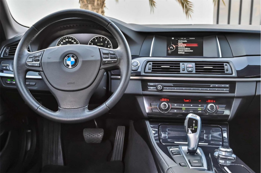 buy second hand BMW 520i Luxury Line without downpayment
