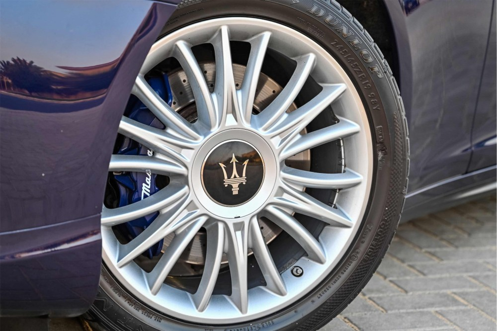buy approved Maserati Quattroporte S with warranty