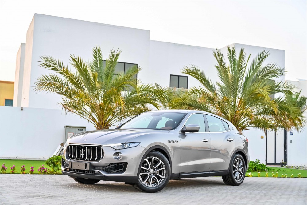 buy used Maserati Levante Q4 with warranty