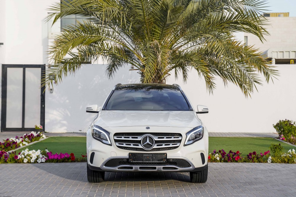 buy approved Mercedes GLA 250 AMG without downpayment