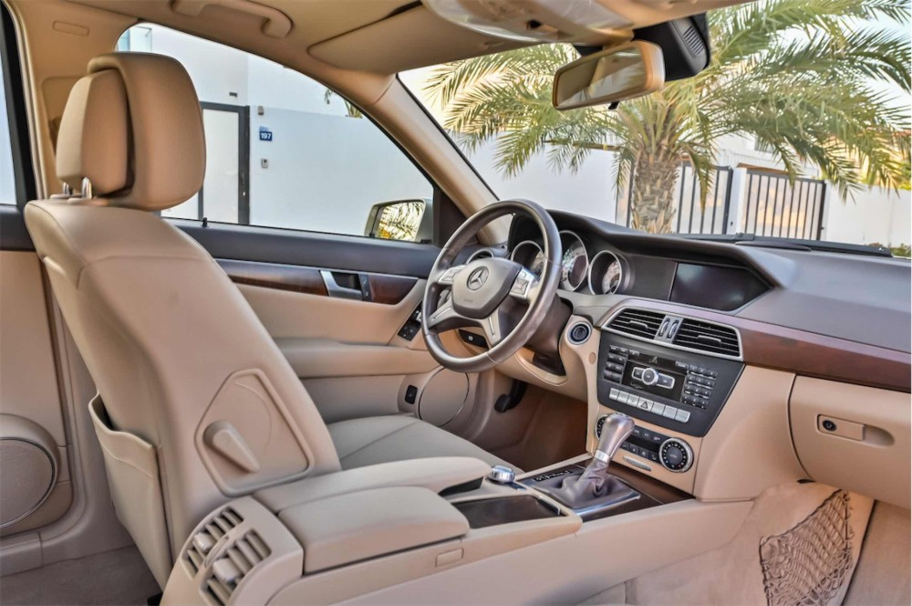 buy certified Mercedes C200 with warranty
