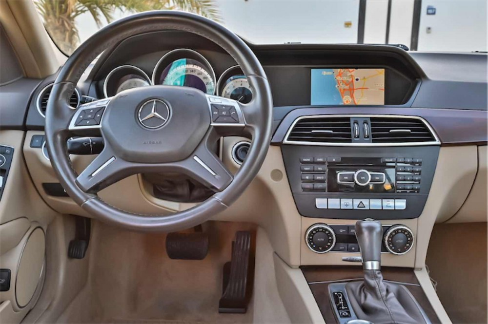 buy used Mercedes C200 with warranty