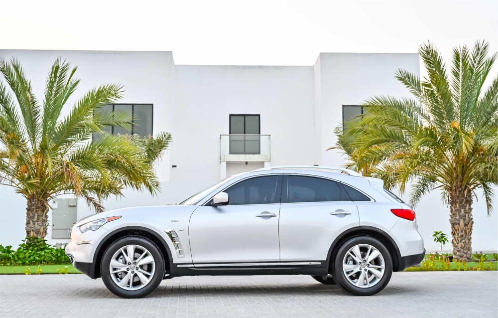 buy pre-owned Infiniti QX70 Agency Warranty without downpayment