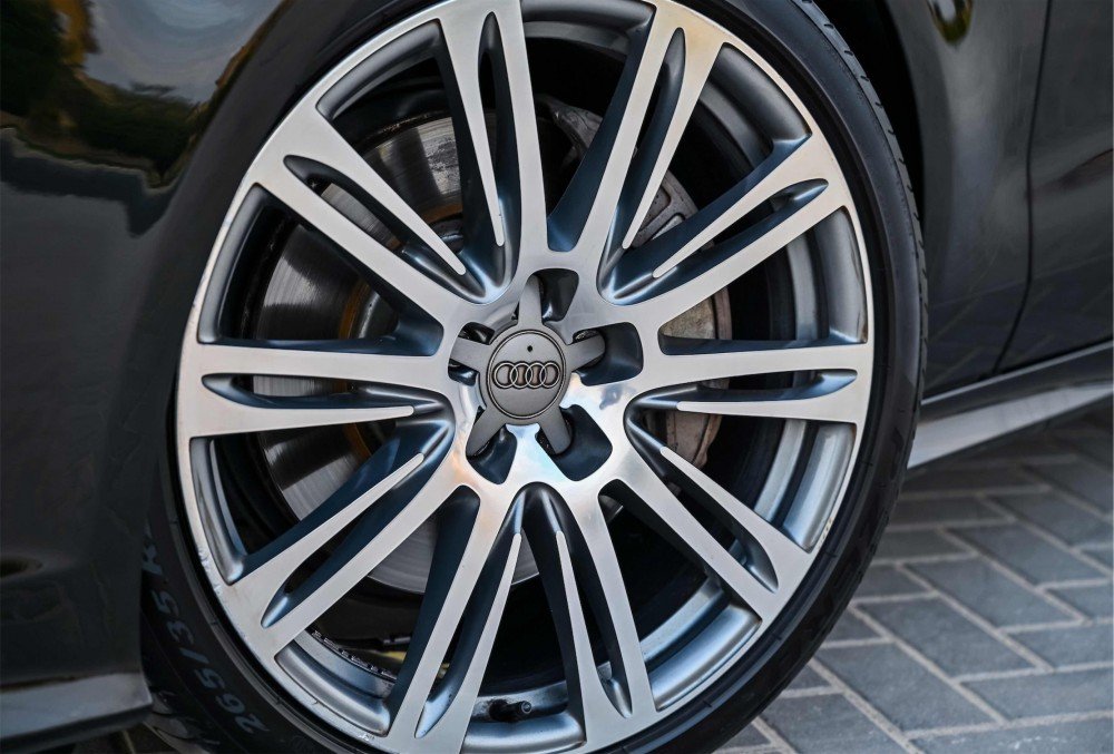 buy approved Audi A7 S-Line with warranty