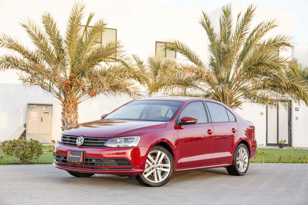 buy second hand Volkswagen Jetta with warranty