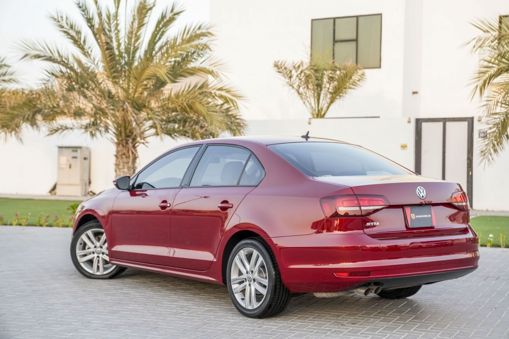 buy pre-owned Volkswagen Jetta with warranty