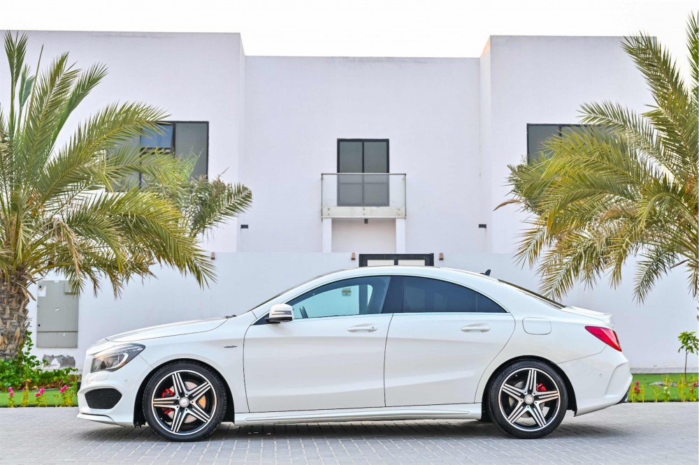 buy approved Mercedes CLA250 with warranty