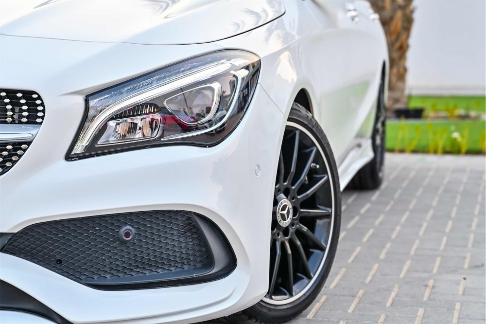 buy second hand Mercedes CLA250 without downpayment