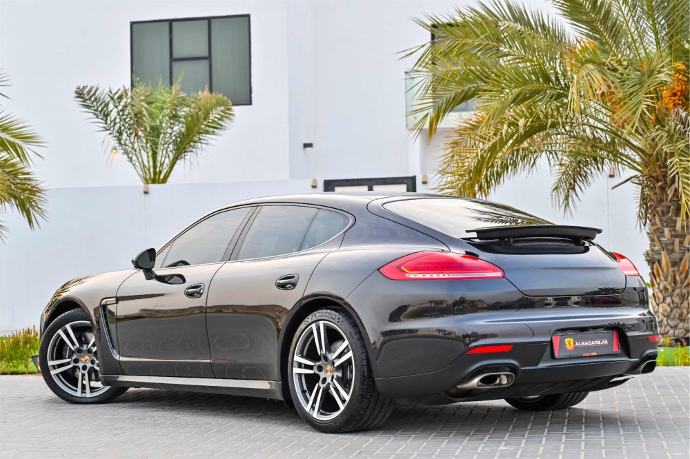 buy approved Porsche Panamera with warranty