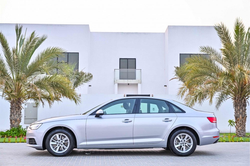 buy pre-owned Audi A4 in Dubai