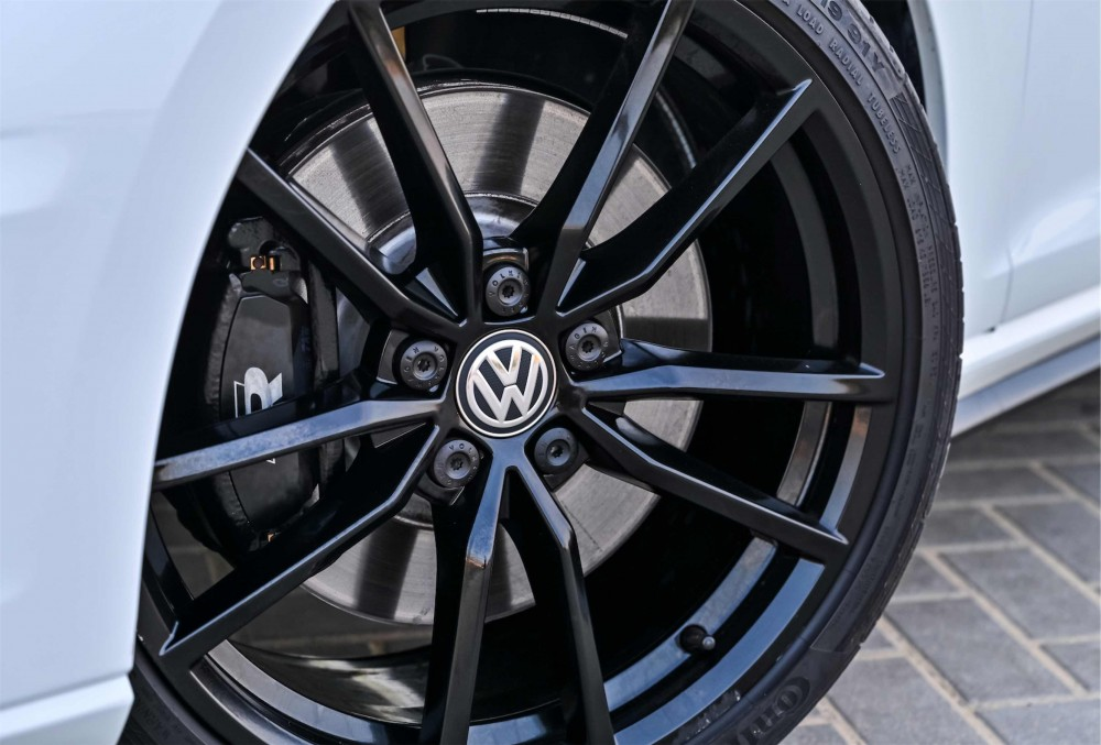 buy used Volkswagen Golf R with warranty