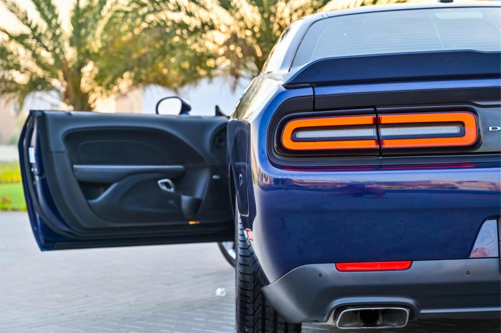 buy used Dodge Challenger R/T 5.7L V8 without downpayment