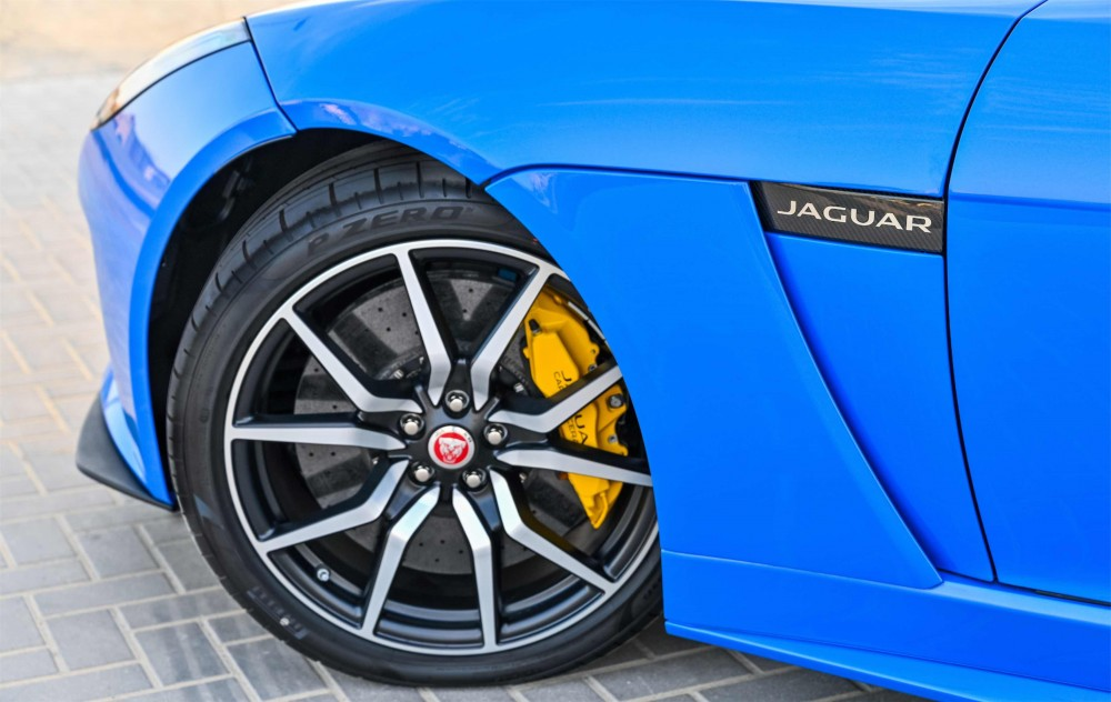 buy certified BRAND NEW Jaguar F-Type SVR 5.0L V8 without downpayment