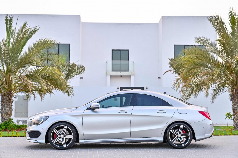 buy second hand Mercedes CLA250 AMG in Dubai