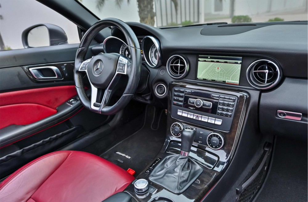 buy certified Mercedes SLK200 without downpayment