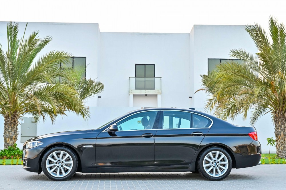 buy approved BMW 528i Luxury Line in UAE