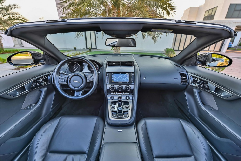 buy pre-owned Jaguar F-Type V6 Convertible without downpayment