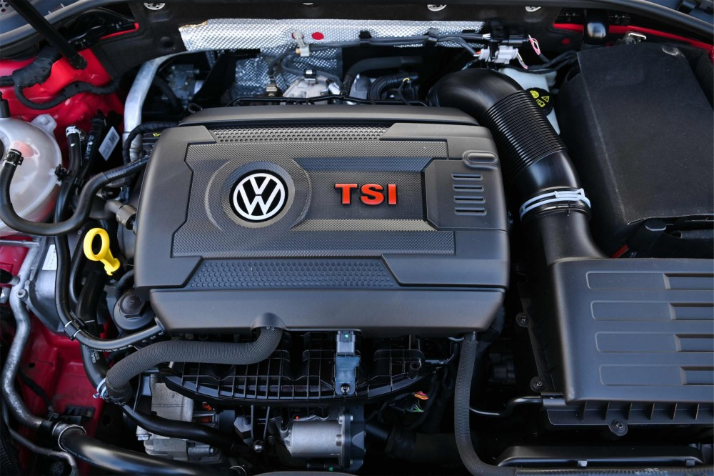 buy second hand Volkswagen Golf GTI without downpayment