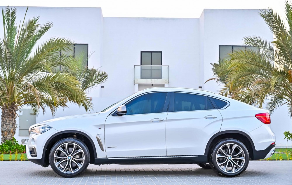 buy used BMW X6 xDrive50i M-Kit V8 without downpayment