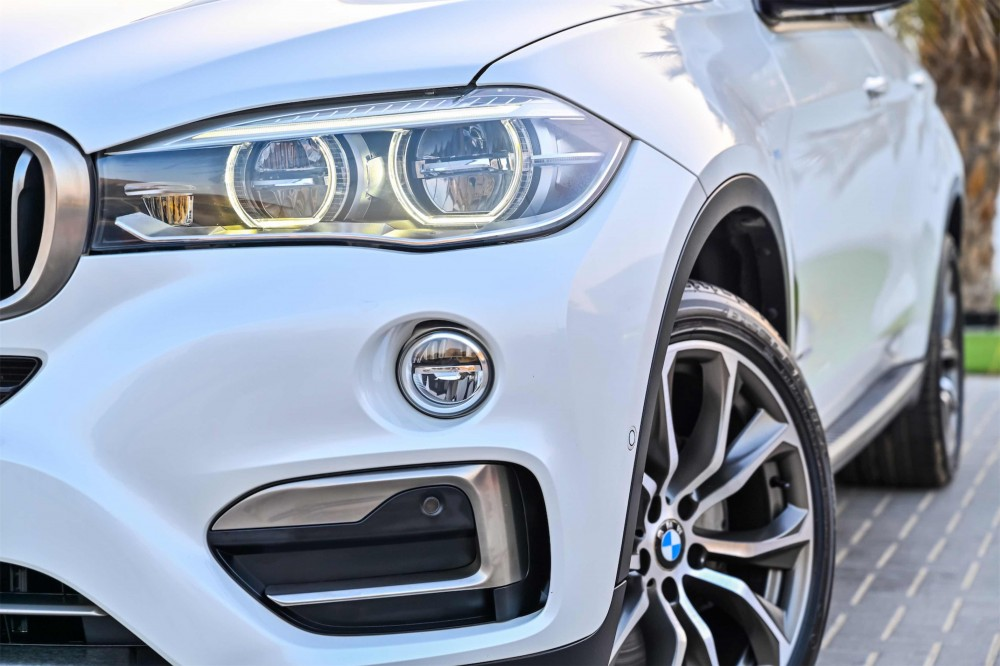 buy slightly used BMW X6 xDrive50i M-Kit V8 in Dubai