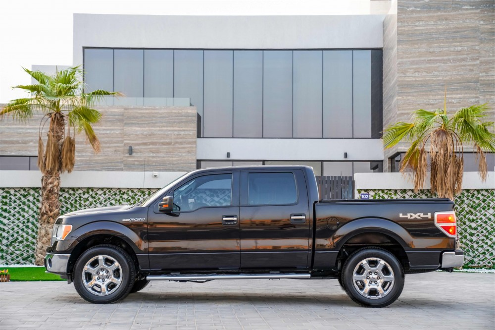 buy approved Ford F150 in Dubai