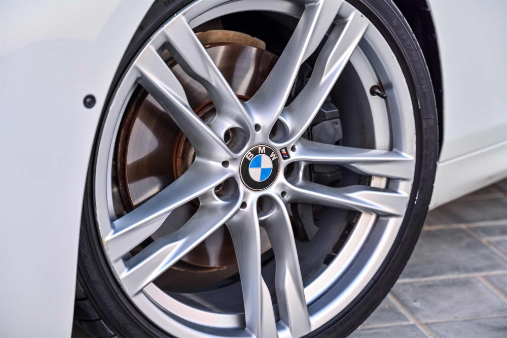 buy approved BMW 650i in Dubai