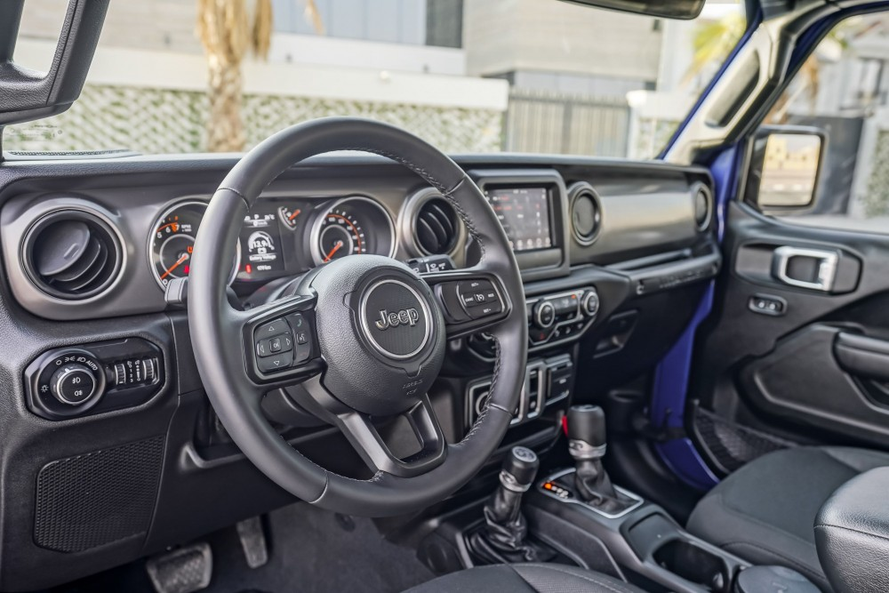 buy approved Jeep Wrangler Sport S with warranty