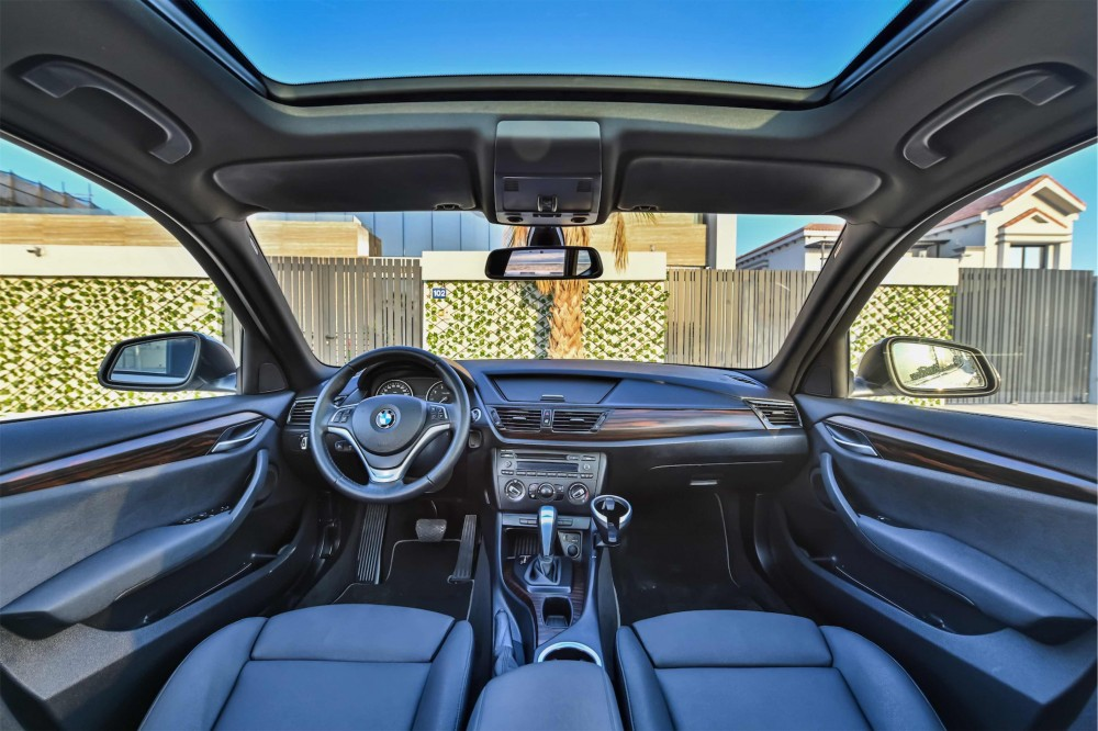 buy slightly used BMW X1 sDrive20i without downpayment