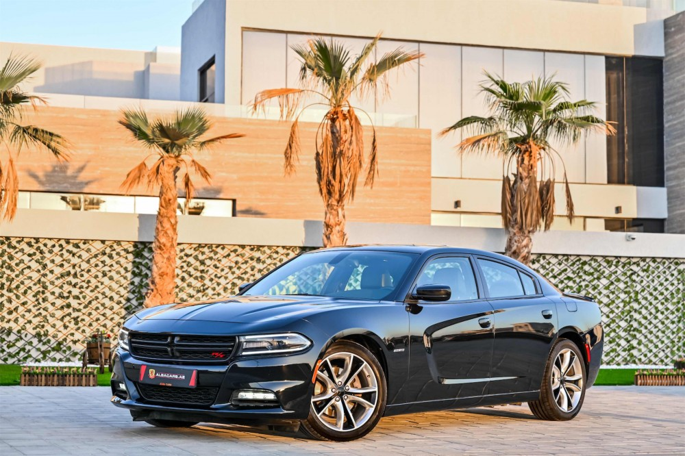 buy used Dodge Charger RT V8 in Dubai