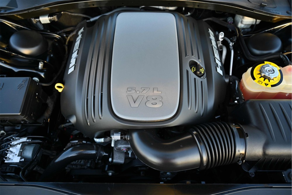 buy used Dodge Charger RT V8 with warranty
