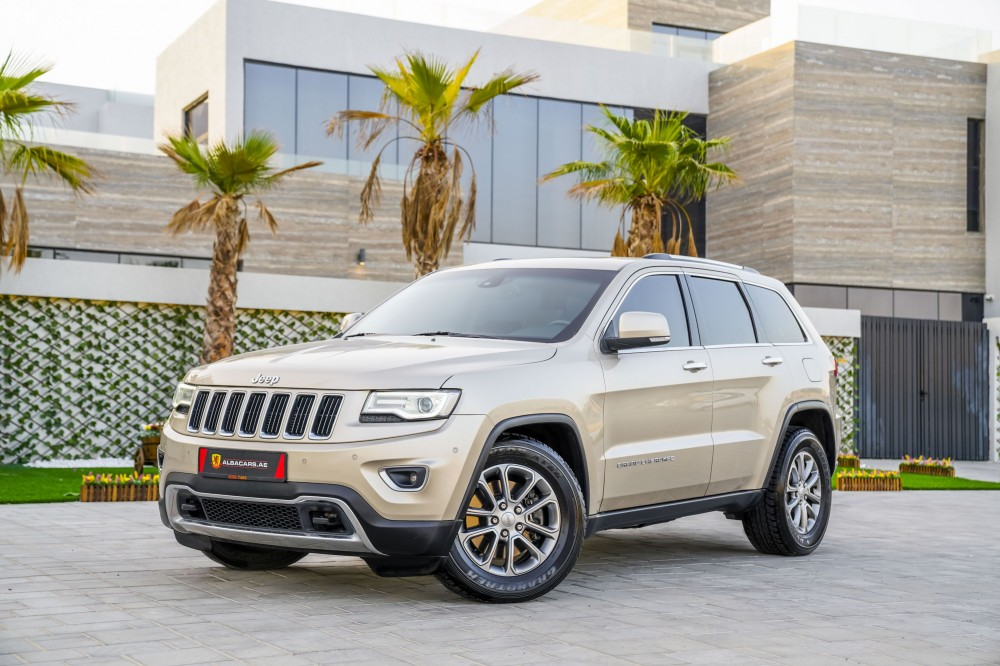 buy second hand Jeep Grand Cherokee Limited V8 in Dubai