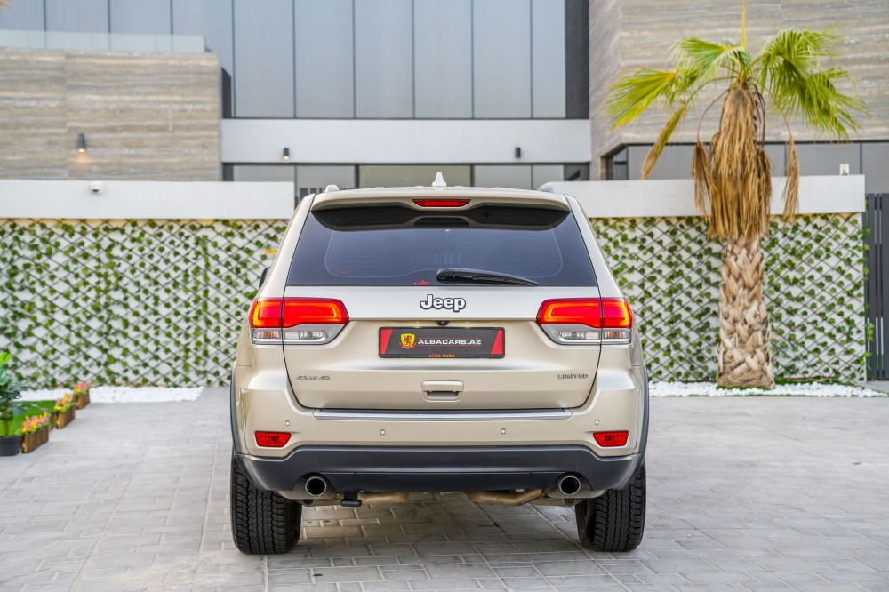 buy used Jeep Grand Cherokee Limited V8 in UAE