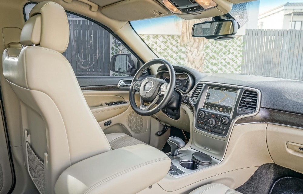 buy approved Jeep Grand Cherokee Limited V8 in UAE