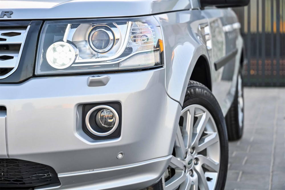 buy approved Land Rover LR2 HSE with warranty