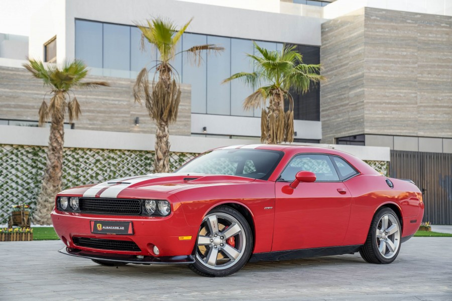 Dodge Challenger SRT8 6.4L