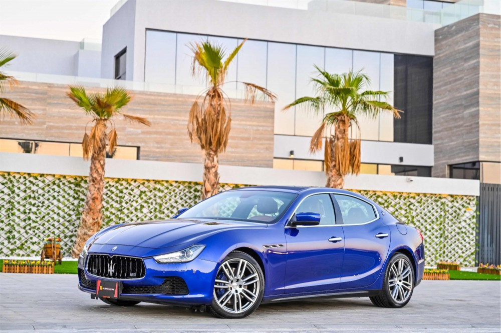 buy certified Maserati Ghibli SQ4 Granlusso without downpayment