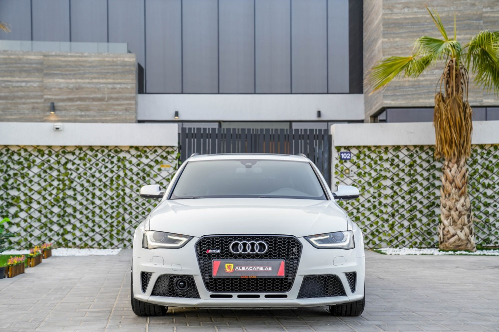 buy approved Audi RS4 with warranty