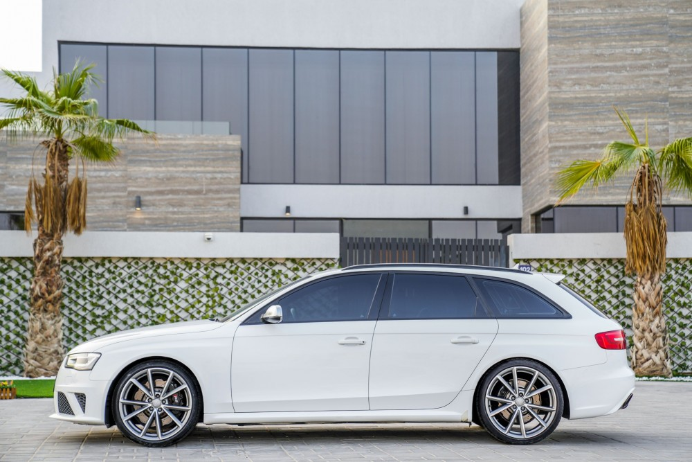 buy used Audi RS4 without downpayment