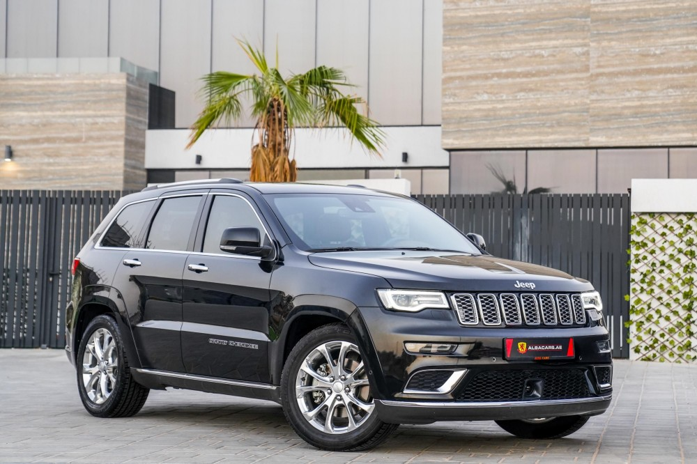 buy approved Jeep Grand Cherokee Summit V8 in UAE