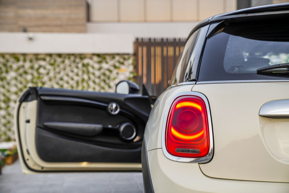 buy second hand Mini Cooper S with warranty