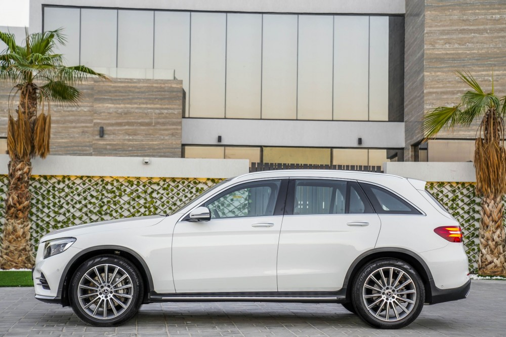 buy approved Mercedes GLC 250 AMG in UAE