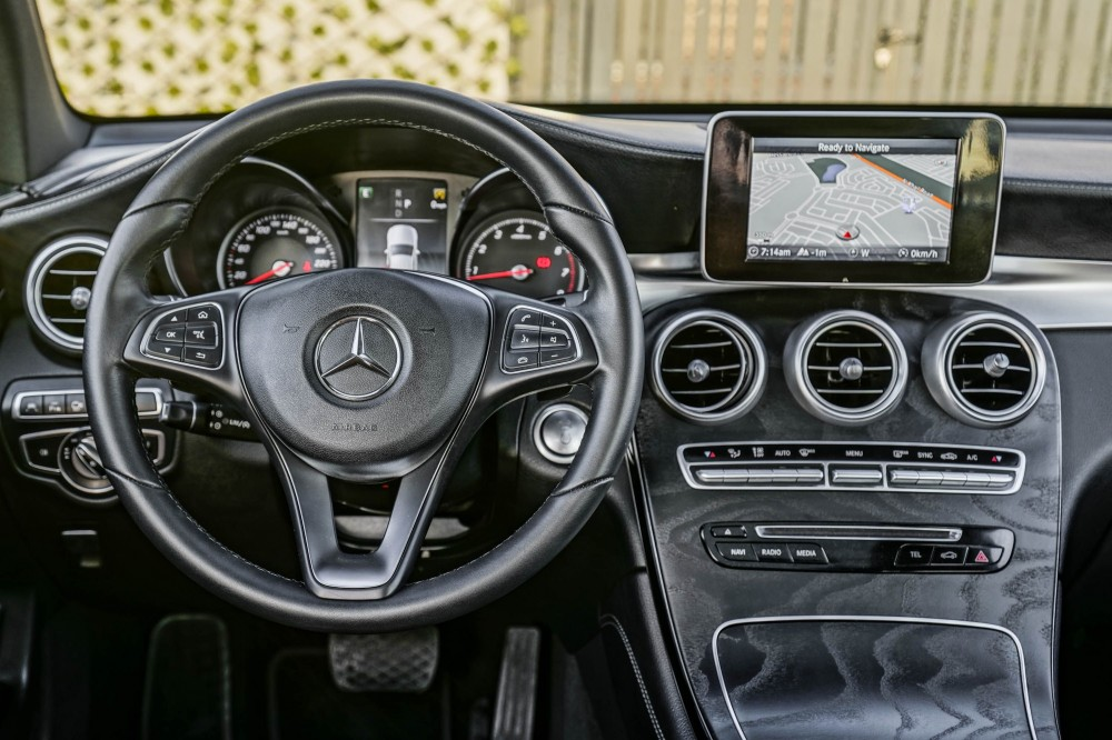 buy approved Mercedes GLC 250 AMG with warranty