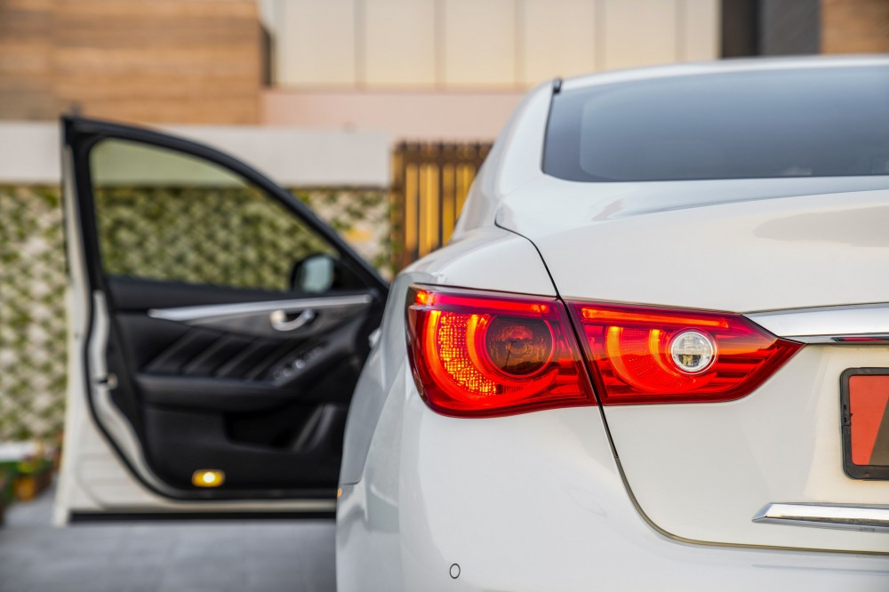 buy second hand Infiniti Q50 2.0L with warranty