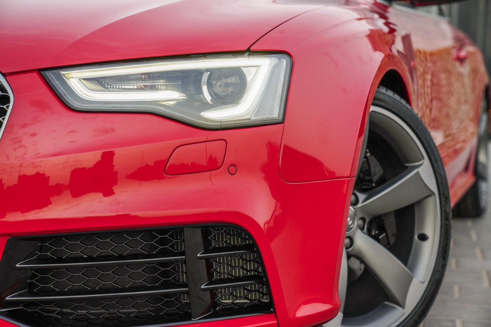 buy second hand Audi RS5 V8 with warranty