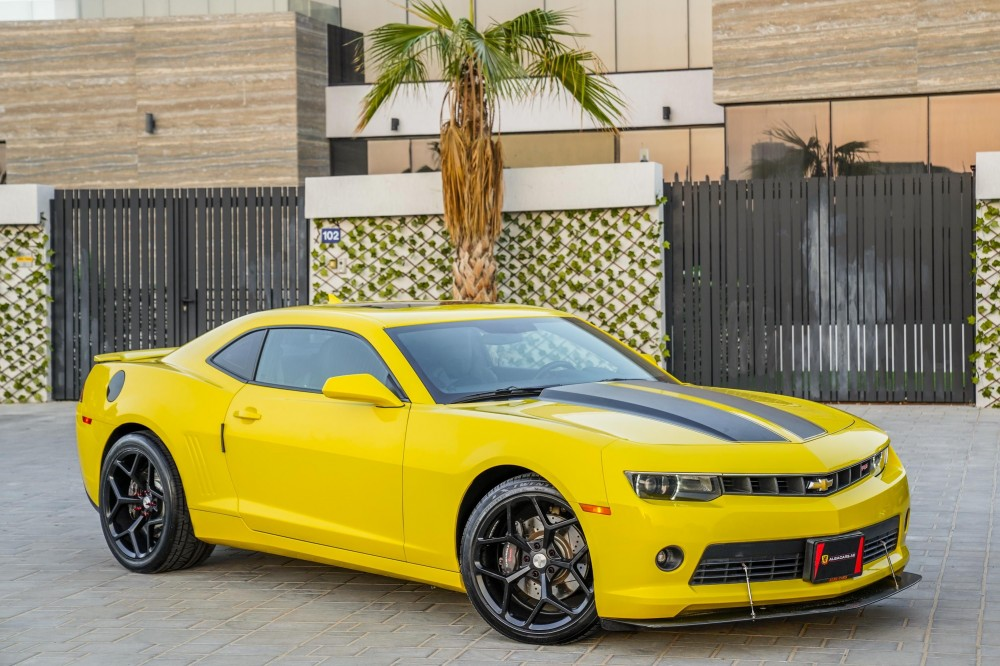 buy second hand Chevrolet Camaro RS V6 with warranty
