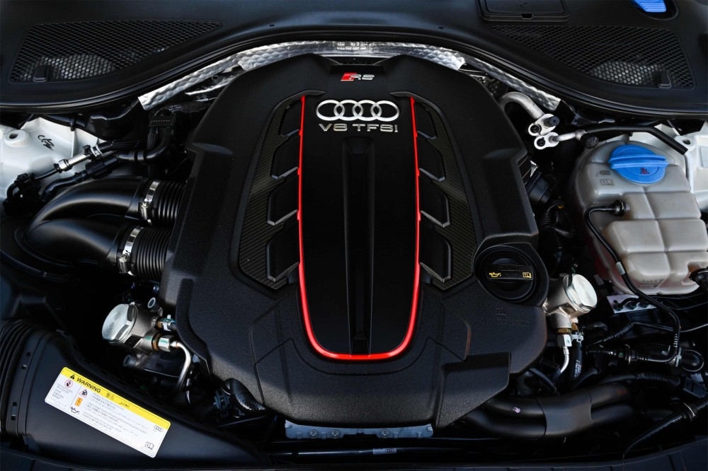 buy certified Audi RS7 4.0L V8 without downpayment