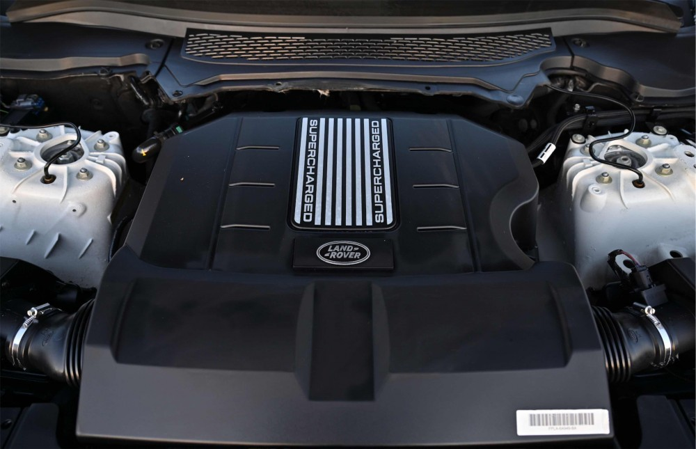 buy approved Range Rover Sport Autobiography Kit in Dubai