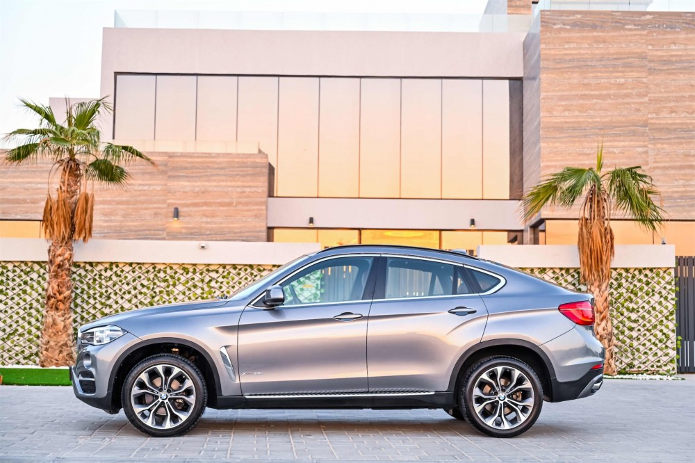 buy approved BMW X6 in Dubai